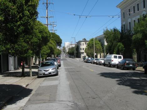 One of the streets of San Francisco - grid24_12