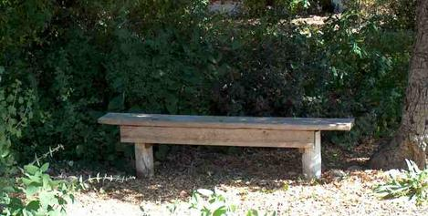 This simple Garden bench is easy to build and can last for decades. - grid24_12